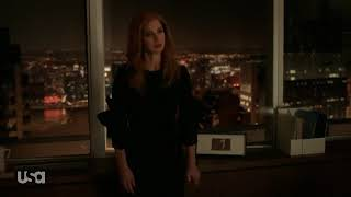 Donna finally tells Harvey how she feels