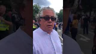Al Jazeera Reporter vs Tommy Robinson Supporter