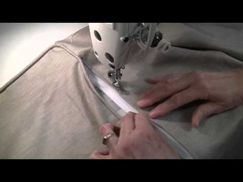 How to Sew a Zipper in a Pillow with Piping - Part 2