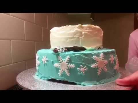 Easy DIY Cake Decor : Frozen Cake Part 2
