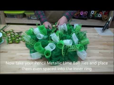 How to make a St Patrick's Day Deco Mesh Wreath - Irish Wreath
