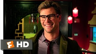 Ghostbusters (2/10) Movie CLIP - Kevin the Receptionist (2016) HD