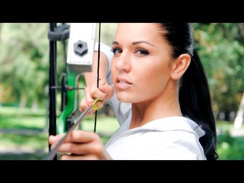 How to Shoot a Bow with Both Eyes Open | Archery Lessons