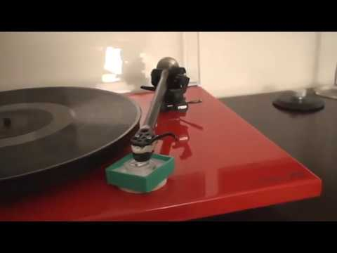 ViciAudio - Onzow Zerodust in action - The Perfect Stylus Cleaning System