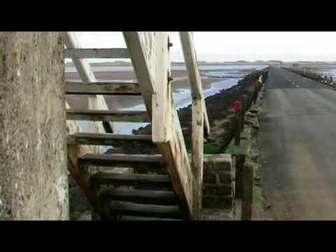 Holy Island causeway shelter box changing light