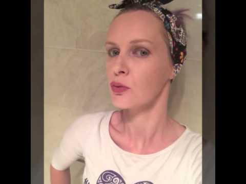 Younique Opulence Lipstick