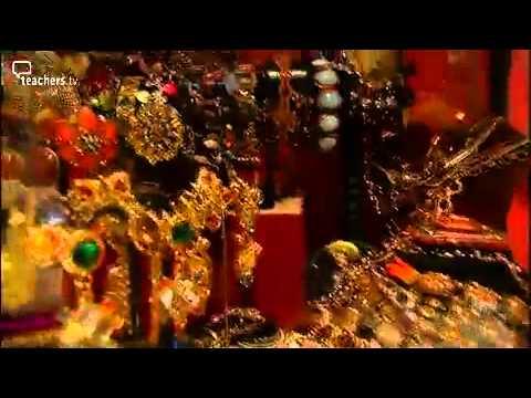 Teachers TV-Writing a Mystery Story -Jewellery Box
