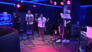 Vampire Weekend Robin Thicke Blurred Lines BBC Radio 1 Live