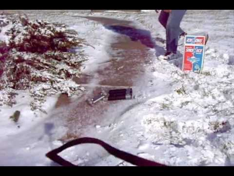 How To Get Traction On Car Tires On ice Or Snow www.sealgreen.com 800-997-3873