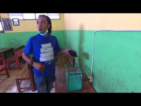 Behind the scene: Pemasangan filter penyaring udara di SDN Cikiwul 4