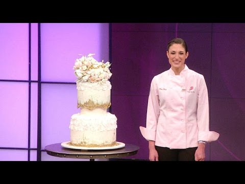 You Have to See This Pink Champagne Wedding Cake
