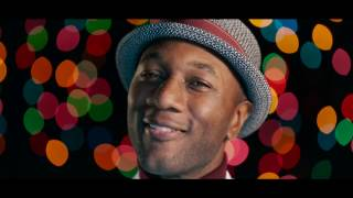 Aloe Blacc - I Got Your Christmas Right Here (Official Music Video)