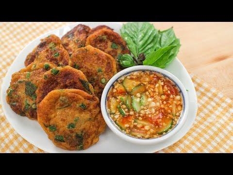 Thai Fish Cakes Recipe (Tod Mun Pla) ทอดมันปลา - Hot Thai Kitchen!