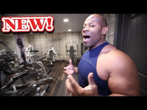 Tour the New Gym with Me!