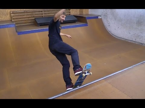 HOW TO SKATE A MINI RAMP THE EASIEST WAY TUTORIAL