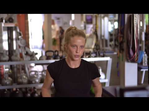 How to get a model body - 5 rowing machine exercises w/ Abby Champion - Full body cardio fat burn
