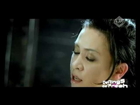 Melly feat. Amee - Ketika Cinta Bertasbih (Super HQ Audio/Video)