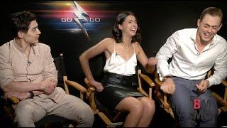 Download Dacre Montgomery, Naomi Scott & Ludi Lin Interview - Power Rangers Video