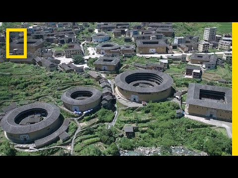 Take a Look inside China's Giant Communal Homes—the Fujian Tulou | National Geographic