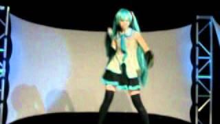 Video de la presentacion de Miku Hatsune en el concurso Individual...  Muy solicitada la chika... por obvias razones...  Espero la disfruten...