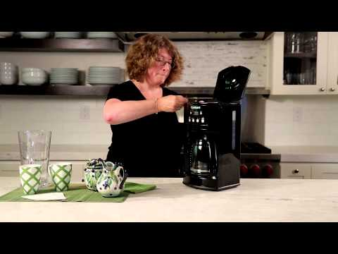 12-Cup Programmable Coffeemaker (DCC-500) Demo Video