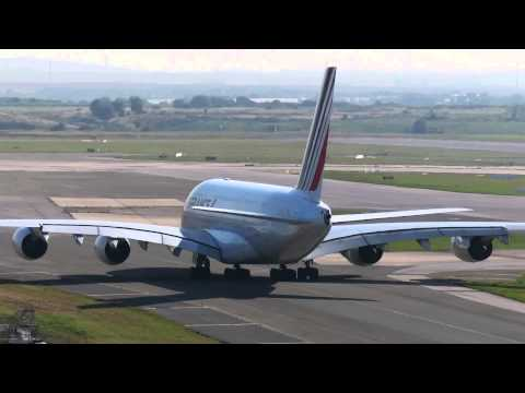 Visit Paris CDG and Orly airports