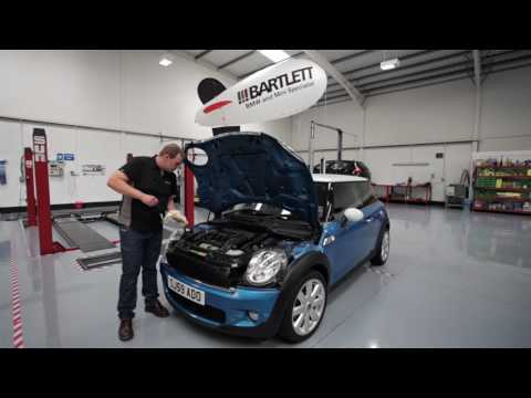 BMW MINI - How to perform an oil level check