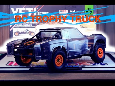 Axial Yeti SCORE TROPHY TRUCK Kit Build Overview
