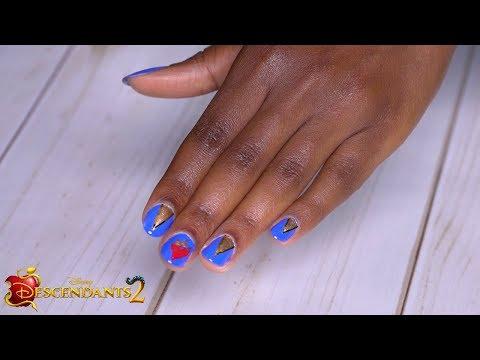 Evie Nails Tutorial 💅  | DIY | Descendants 2