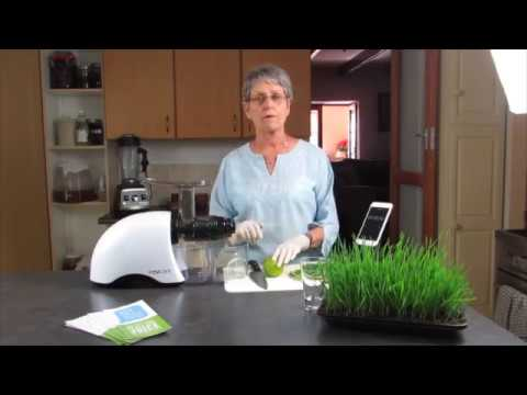 Making Wheat Grass with the Oscar Juicer