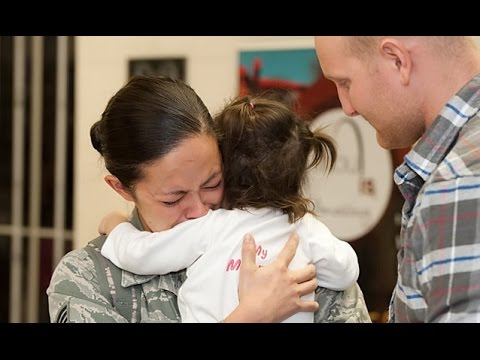Soldiers Coming Home Best Surprise Compilations    CompilationTV ✔