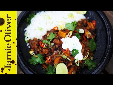 Smoky Sweet Potato Chilli | DJ BBQ