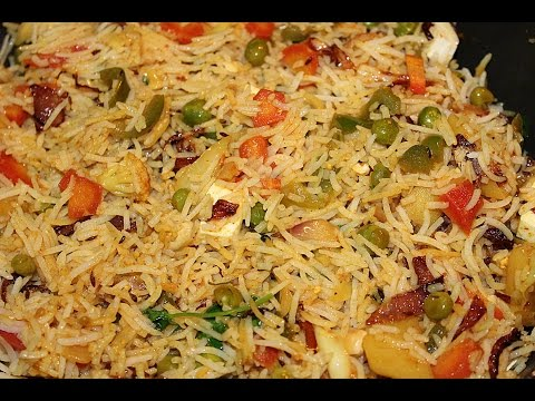 HOW TO MAKE VEG BIRYANI-RECIPE IN HINDI BY DOLLY KITCHEN