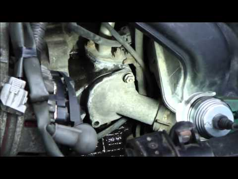 How to replace thermostat Toyota Corolla. VVTi engine. Years 2000-2008.