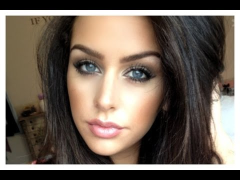 Simple & Sultry Makeup for Blue Eyes