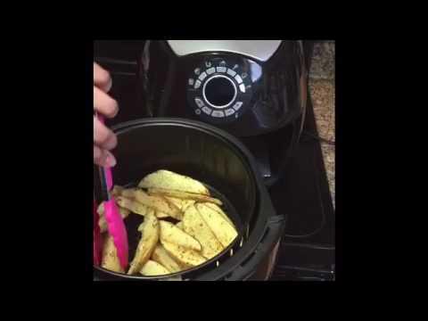 Air fryer meals: Potato wedges