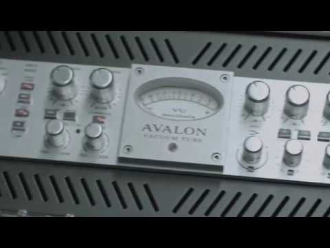 Avalon 737 Tube Replacement Before and After - Mixbus Master