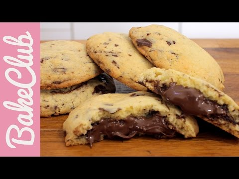 Nutella Chocolate Chip Cookies | BakeClub