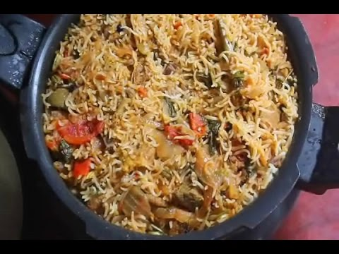 Easy Mutton Biryani made in a Pressure Cooker - Tamil Recipe Videos