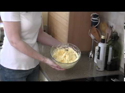 How To Make Vanilla Cream For Cake -  Smooth & Aromatic!