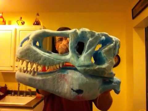 Tyrannosaurus Rex Skull sculpture teeth