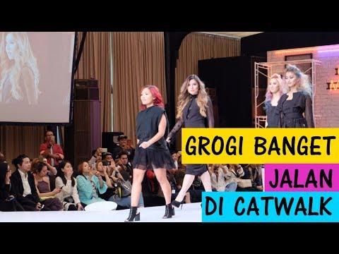 Xxx Mp4 Makeover Rambut Jadi Color Melting Jalan Di Catwalk Bareng Matrix Indonesia 3gp Sex