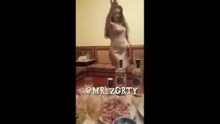 #x202b;اجمل رقص عاري منزلي رقص بقميص النوم 2016#x202c;lrm;