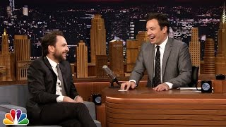 5-Second Summaries with Charlie Day