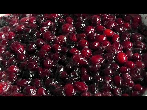 Christmas Cranberry Sauce - Perfect with roast Turkey - How to Make recipe