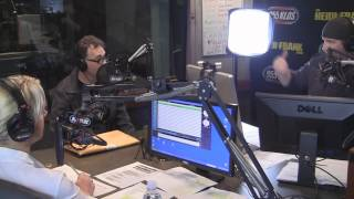 Tom Kenny the Voice of SpongeBob In-Studio PT2