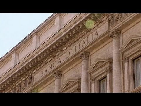 Political uncertainty hits Italian bonds - economy