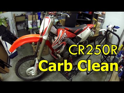 Honda CR250 Carburetor Clean