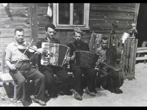 Polka from high notes. Juozas Gibas (cimbalom) and Vytautas Drutis (violin).