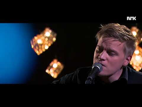 Felgen Orkester – Čalmmit Čuvggodit [Live @ Studio Sápmi]